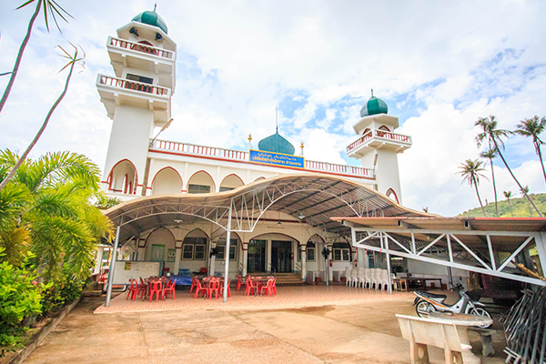 Issatul Islam Ao Makham Mosque